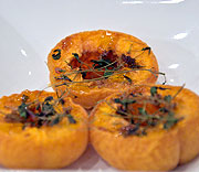 Dried apricots with thyme